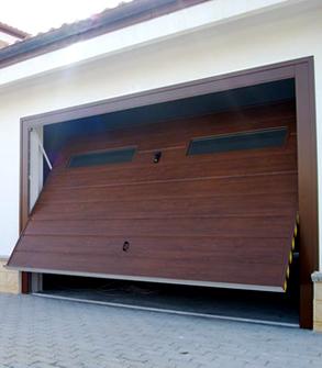 Portoni A Due Ante Per Garage Usato.Porte In Alluminio Carpenteria Metallica Cagliari La F A S